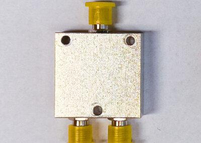 2-Way L-Band Power Splitter